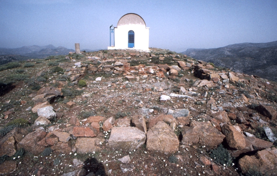 chapel north of room 1 of the peak sanctuary on Philioremos
